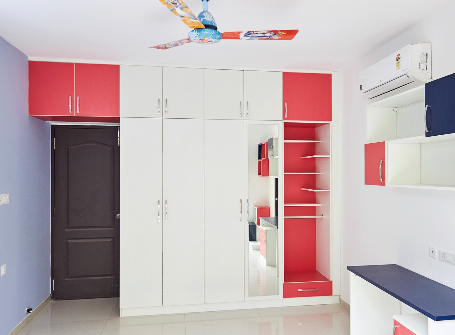 Kitchen cabinet doors in bangalore first time in india architect - Casa Grande Pallagio